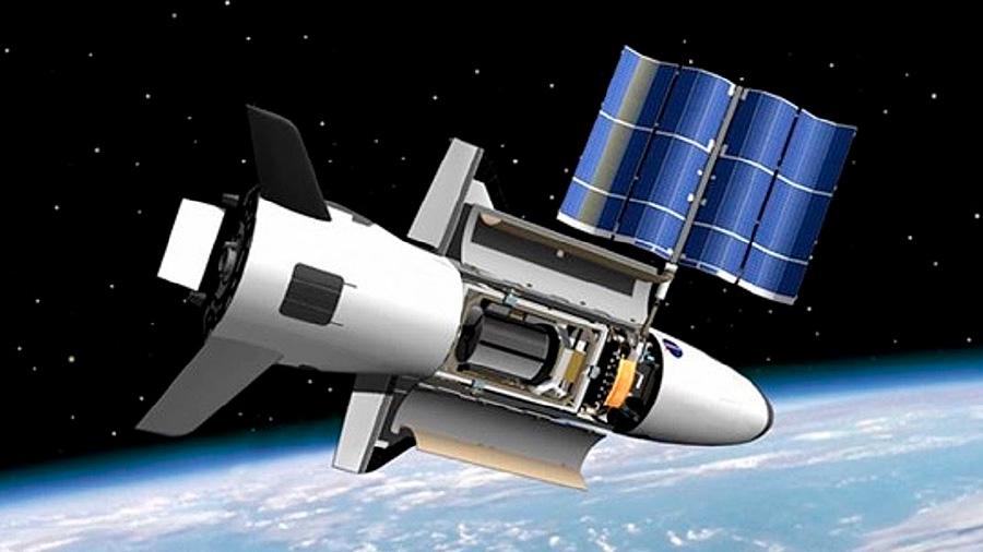 Nave militar estadounidense regresa a la Tierra tras más de 700 días en el espacio