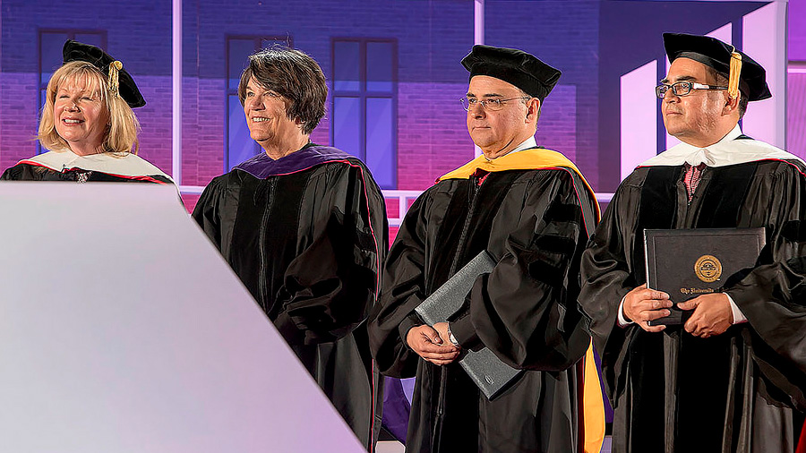 Otorga Universidad de Arizona grado Honoris Causa al investigador mexicano Sergio Alcocer