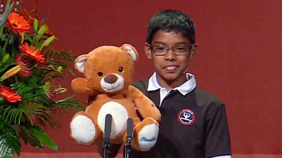 Reuben Paul, el niño de 11 años que hackea ositos de peluche y ya tiene su propia empresa de ciberseguridad