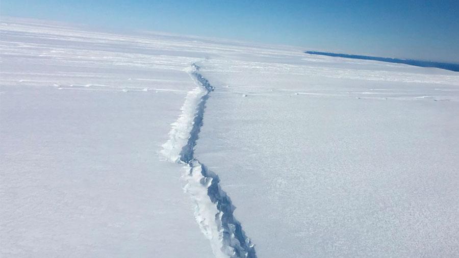 Uno de los mayores icebergs en la historia es inminente en la Antártida