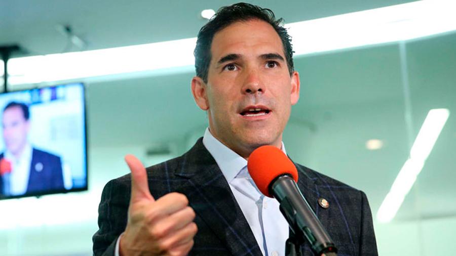 Presidente del Senado invitó a gobernadores panistas a no quedarse en comunicados sobre Ley de Seguridad Interior