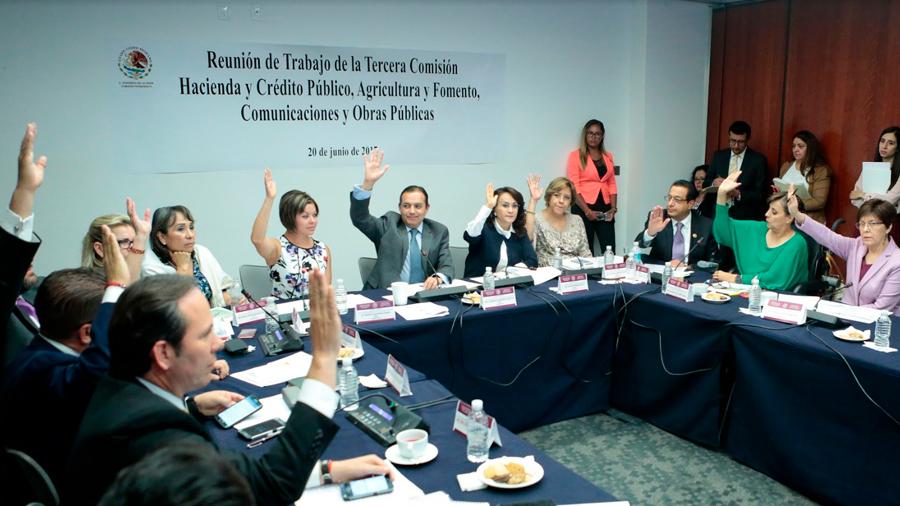 Tercera Comisión aprueba solicitar información a PGR sobre investigación a Banobras