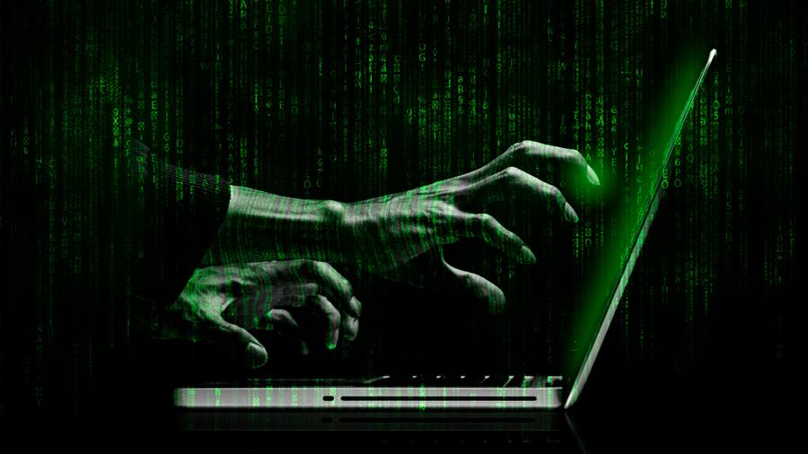 Cómo funciona el método usado para hackear a los periodistas mexicanos y cómo evitar caer