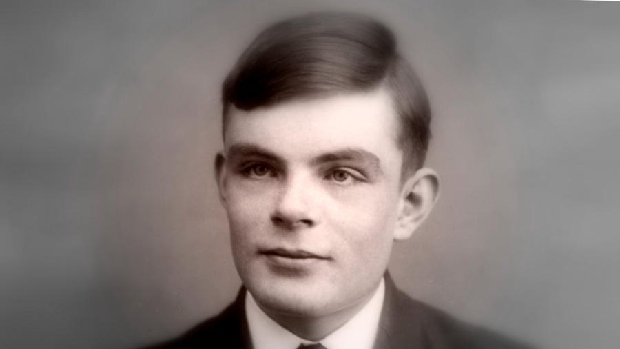 105 años del nacimiento de Alan Turing: siete citas que debes conocer