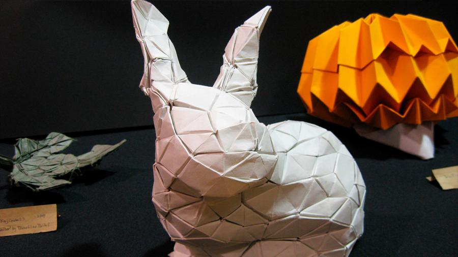 Un algoritmo permite reproducir cualquier objeto en papel plegado