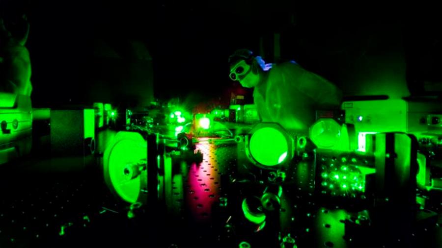 ¿Cómo es la luz más potente de la Tierra creada en un laboratorio de EU?
