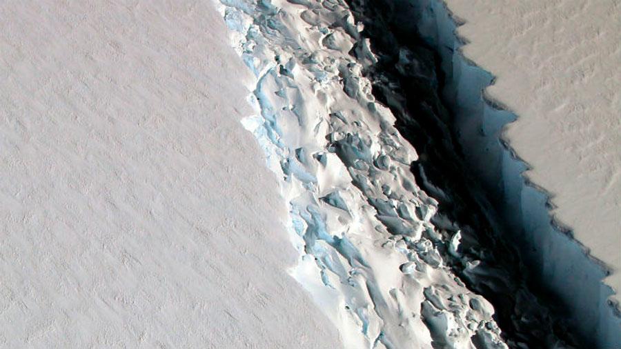 El gran iceberg que se está desprendiendo en la Antártida podría llegar a las Islas Malvinas