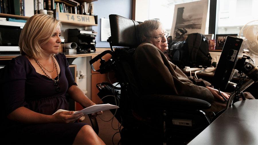 """""""Mi padre tenía respuestas para todo"""", los recuerdos de infancia de Lucy Hawking, hija del famoso científico Stephen Hawking"""