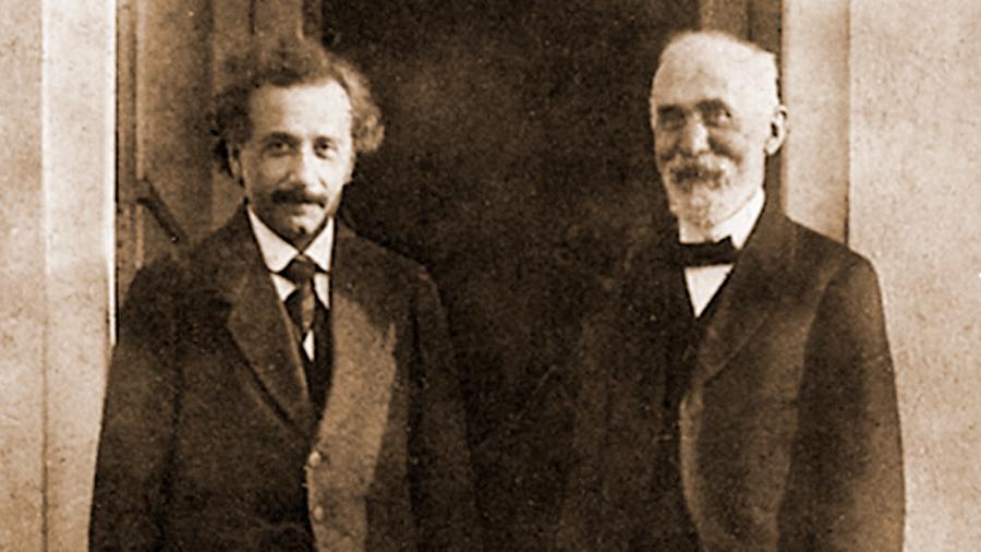 Los gemelos de Lorentz ¿será más joven que su hermano gemelo, que permaneció en la Tierra?