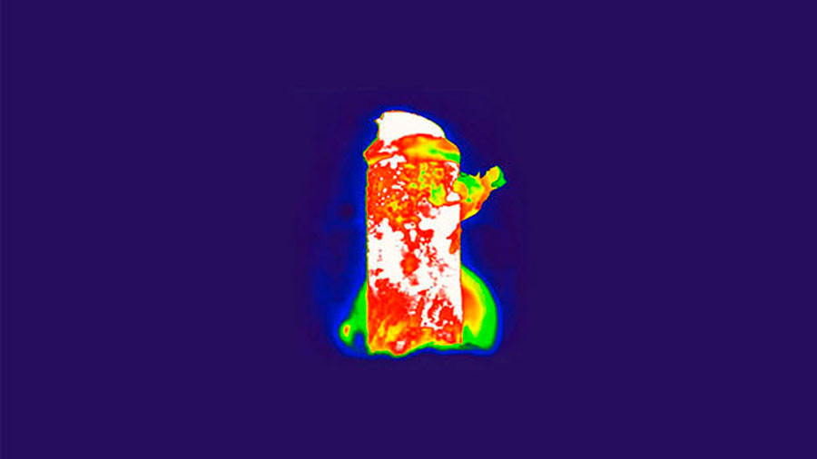 Crean primera batería biocompatible de corriente de iones
