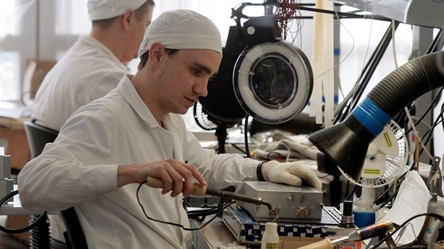 Científicos rusos crean una fibra óptica única