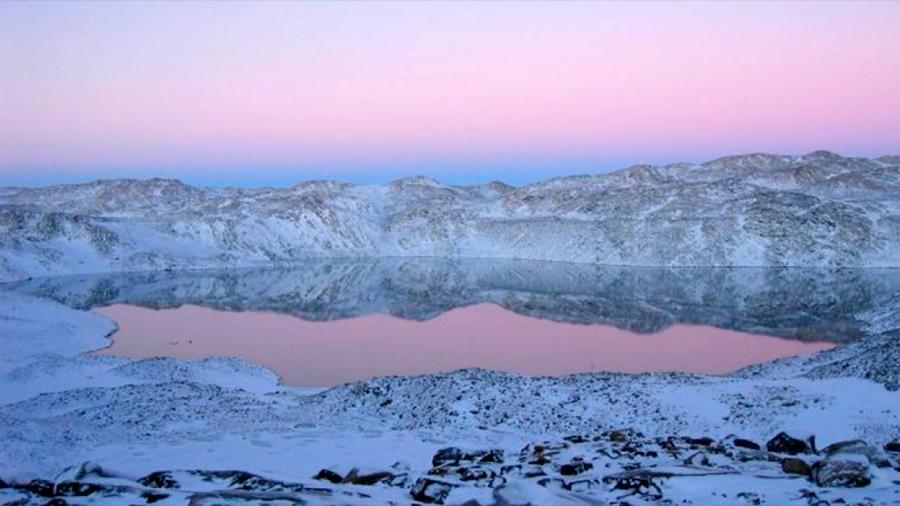 Un microorganismo hallado en un lago de la Antártida puede por fin explicar el misterioso origen de los virus