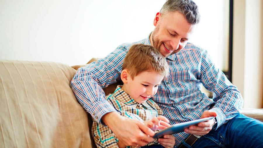La mayoría de papás no cuida a sus hijos de los riesgos en internet