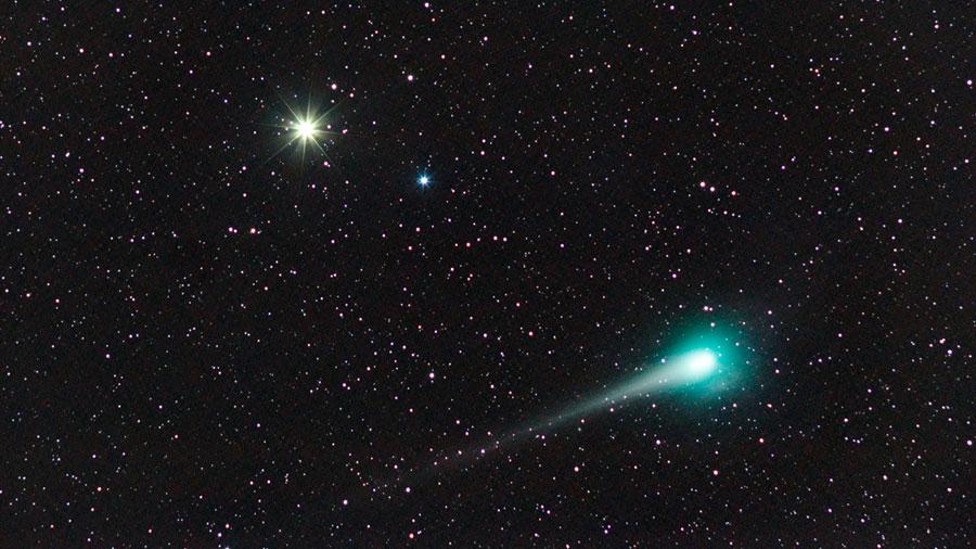 Estrellas 'visitantes' pueden lanzar cometas contra la Tierra