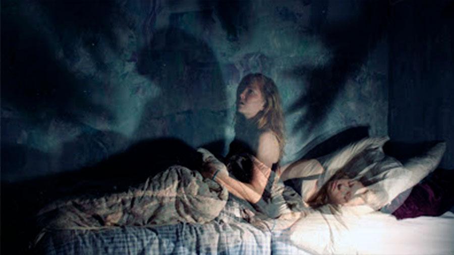 Parálisis del sueño: Cuando el cerebro despierta antes que el cuerpo