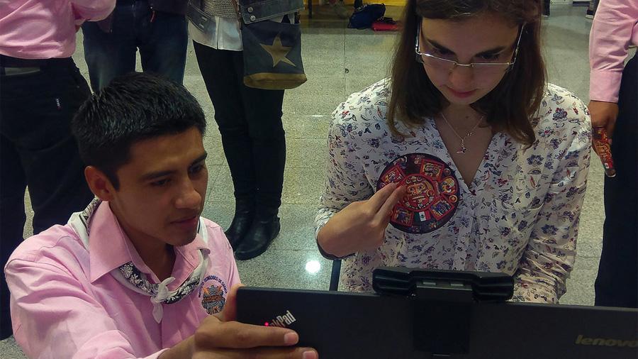 Basado en realidad virtual y aumentada, crean estudiantes asistente para detectar cáncer de mama