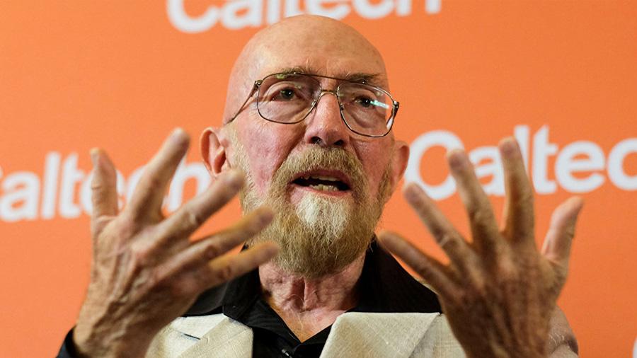 El ganador del Nobel de Física 2017 dice sentirse avergonzado por el premio