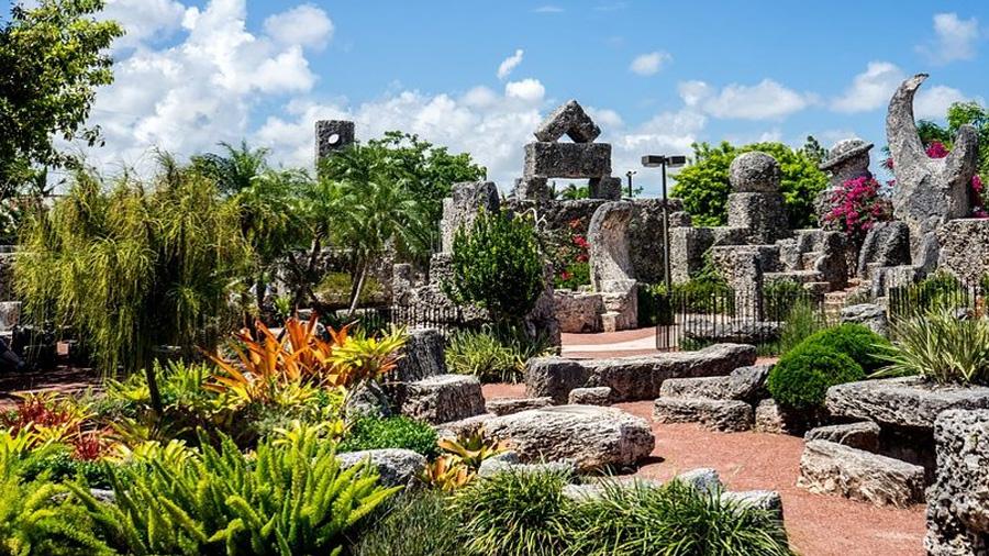 """Video: El misterio del Castillo de coral y la ingravidez de sus mega piedras """"voladoras"""""""