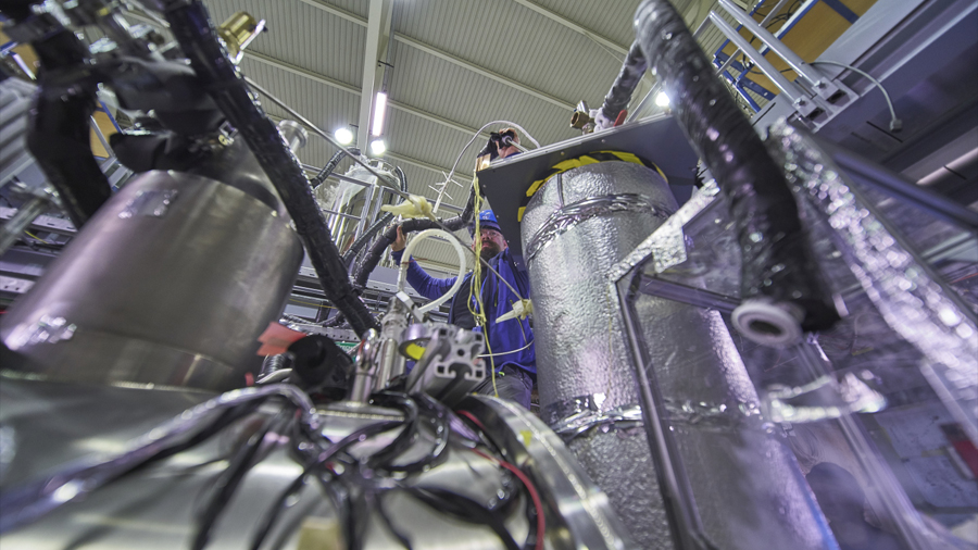 La antimateria es una imagen especular de la materia