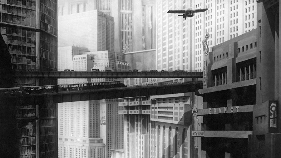 El cine propone, y la ciencia dispone: 5 películas que predijeron la tecnología de hoy