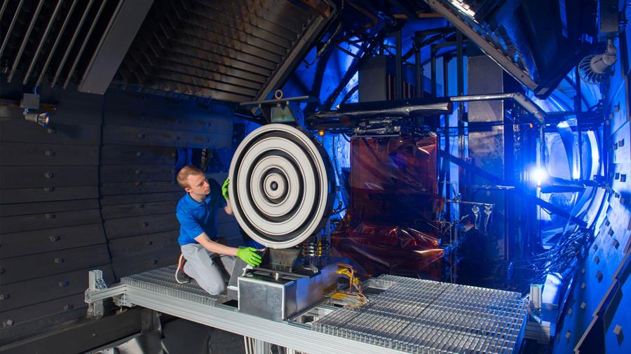 Un motor de plasma para la misión tripulada a Marte bate récords
