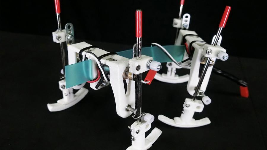 Este robot cambia su modo de marcha con solo una fluctuación en el voltaje