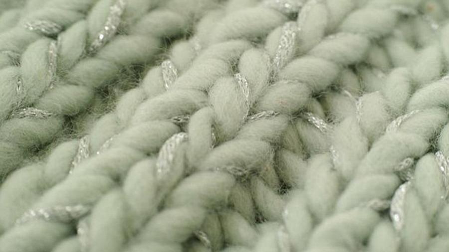 Crean nueva ropa reversible: frío por un lado, calor del otro