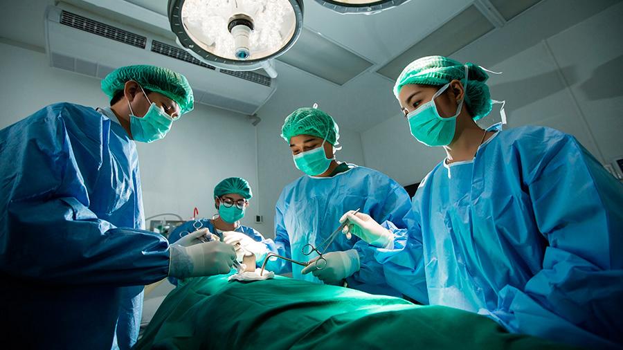 Crean un pegamento quirúrgico súper elástico