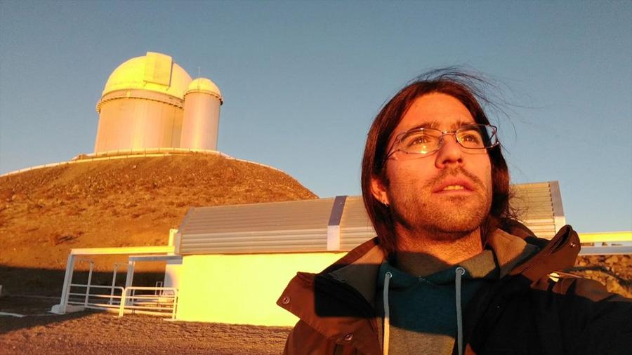 El astrónomo chileno Nicola Astudillo lideró el descubrimiento de Ross 128 b, el mundo habitable más cercano a la Tierra