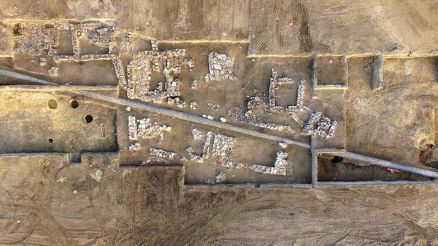 Hallan en ruinas romanas de Crimea una 'barbie' del siglo I