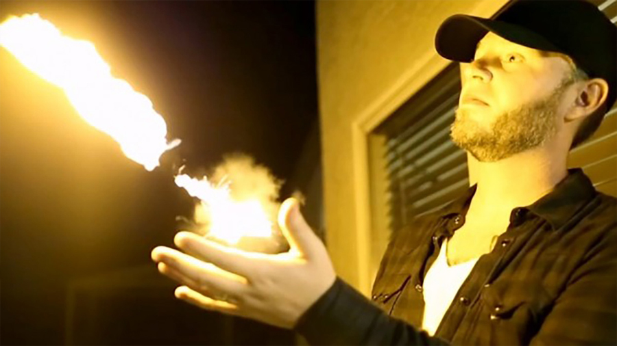 Invento permite lanzar bolas de fuego como Gokú