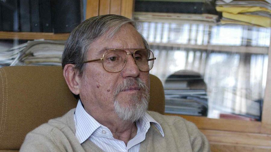 Premian a científico mexicano por sus aportes e innovación en antivenenos