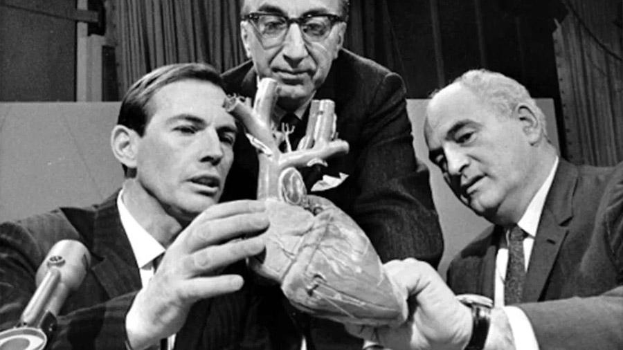 El Primer Trasplante De Corazón Del Mundo Que Cambió La Medicina Para Siempre Hace 50 Años Invdes