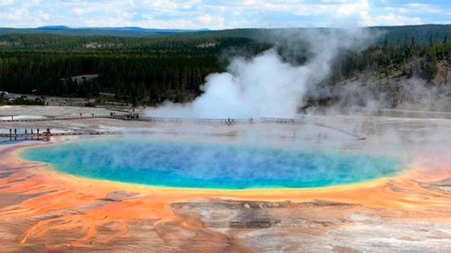 Descubrieron una enorme burbuja de magma subterráneo que se dirige hacia la superficie