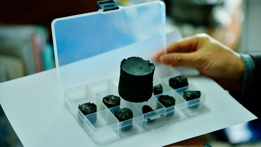 """Científicos chinos diseñan una """"superbatería"""" capaz de cargarse en segundos"""