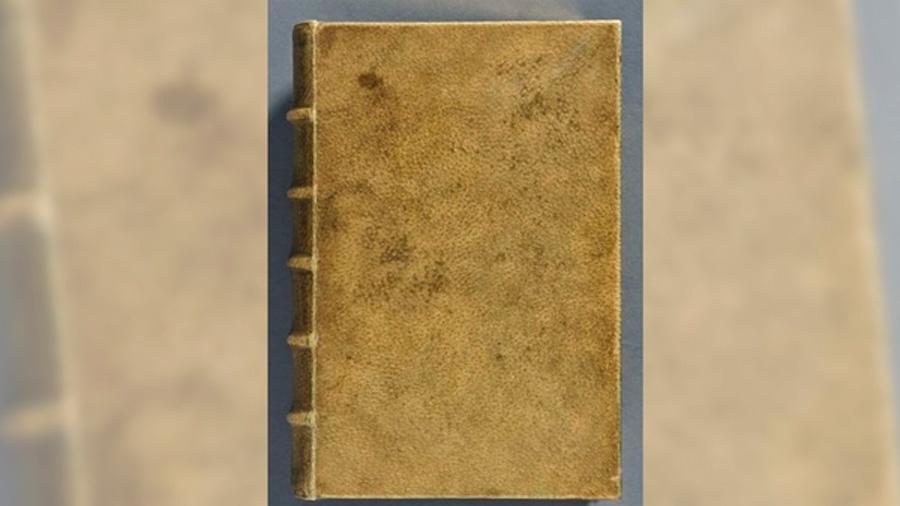 Los macabros libros con tapas de piel humana