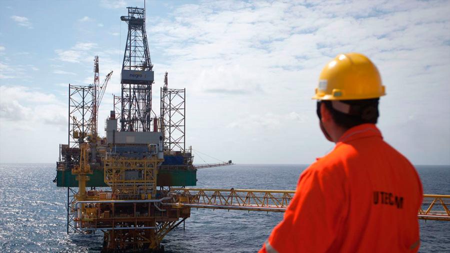Desarrollan en México molécula para obtener petróleo menos contaminante