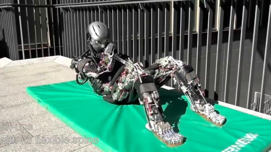 Este es el robot humanoide más avanzado: hace ejercicio y suda