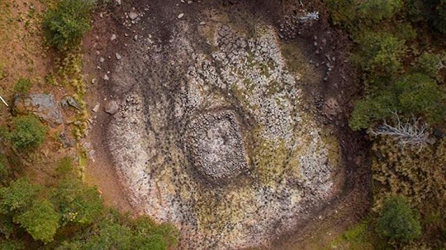 El universo azteca se hace patente como microcosmos en un estanque