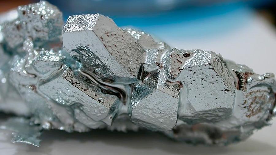 El metal que se derrite en tus manos (sin riesgos para tu salud)