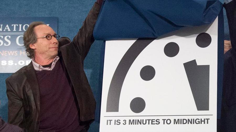 Colocan el 'Reloj del Juicio Final' a dos minutos del apocalipsis
