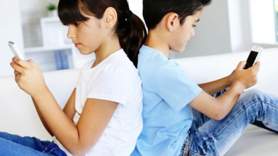 Cómo saber cuando tus hijos son adictos al teléfono