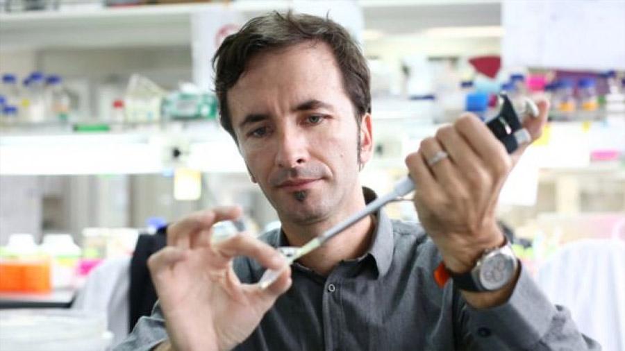 Cápsulas genéticas, la medicina del futuro que desarrolla un científico chileno