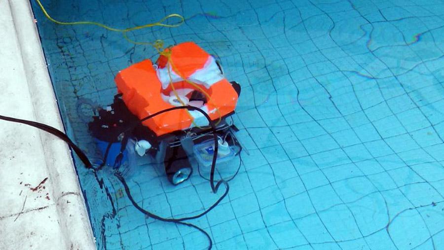 Estudiantes mexicanos diseñan robot que tiene la capacidad de ahorrar agua