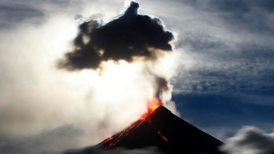 Una nueva amenaza sale a la luz: un volcán submarino en Japón