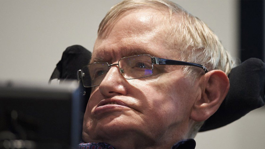 Stephen Hawking comparte su tesis doctoral en Internet: así puedes leerla
