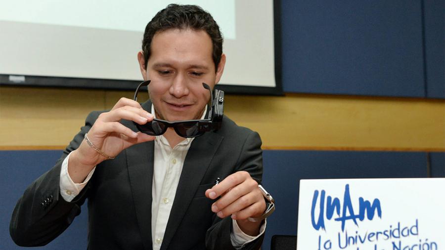 Innovan en la UNAM lentes inteligentes para débiles visuales