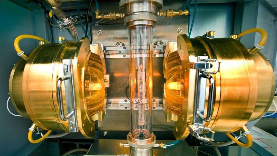 Un giro 'mágico' dota de superconductividad al grafeno