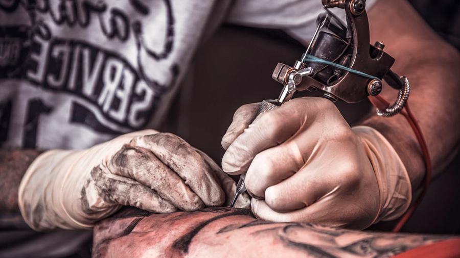 Un estudio explica por qué un tatuaje es para siempre