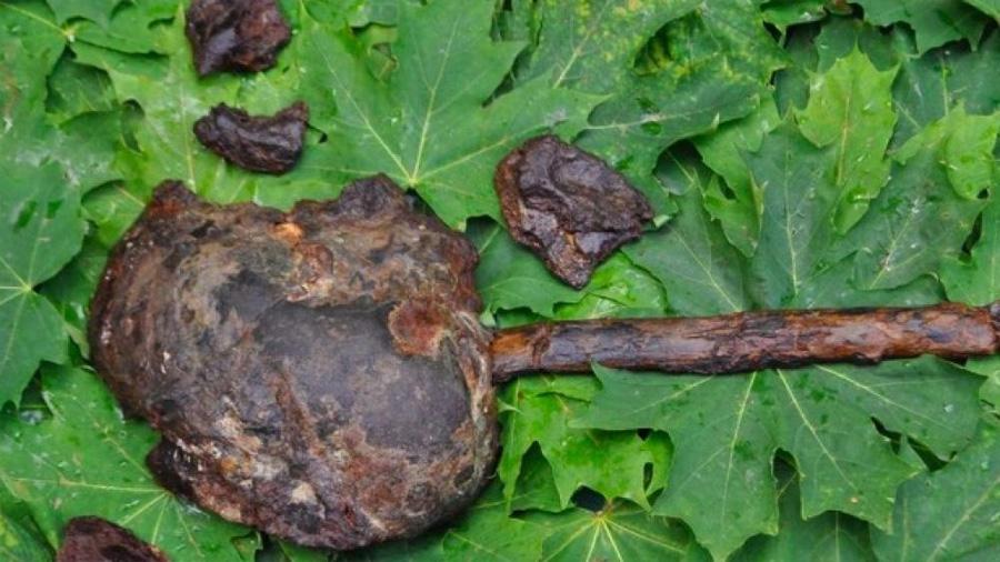 """El misterioso ritual prehistórico del """"lago de las cabezas cortadas"""""""